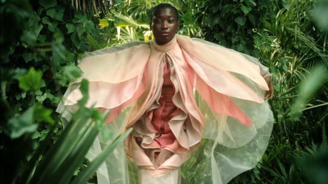 Libresse Viva La Vulva commercial Kim Gehrig | STASH MAGAZINE
