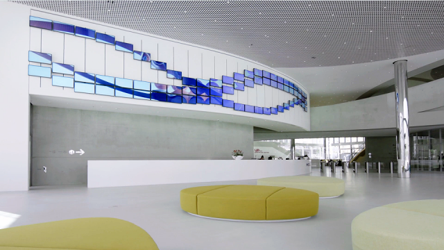 Merck Innovation Center lobby kinetic installation | STASH MAGAZINE