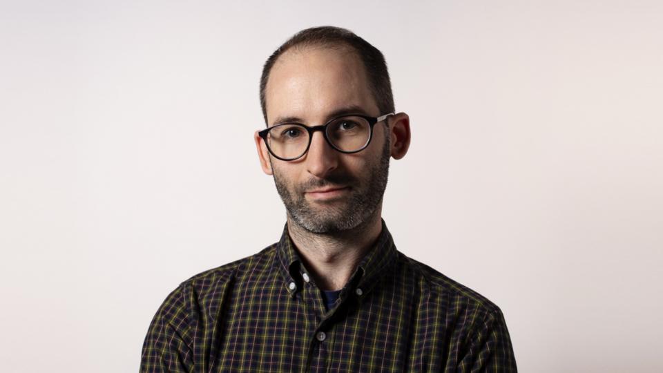Sarofsky creative director Stefan Draht | STASH MAGAZINE