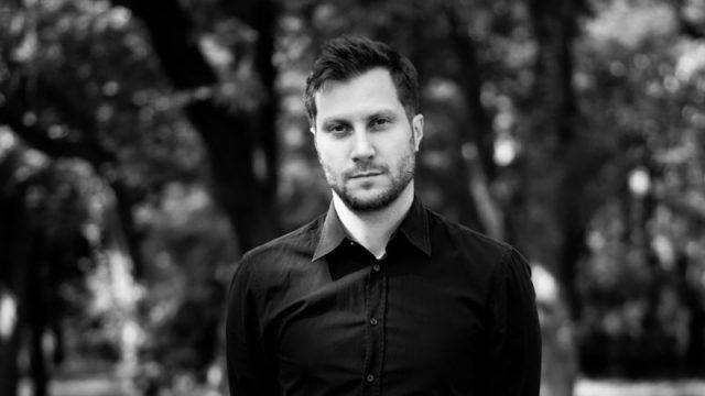 Onesal Signs Swedish Director Robert Sundelin