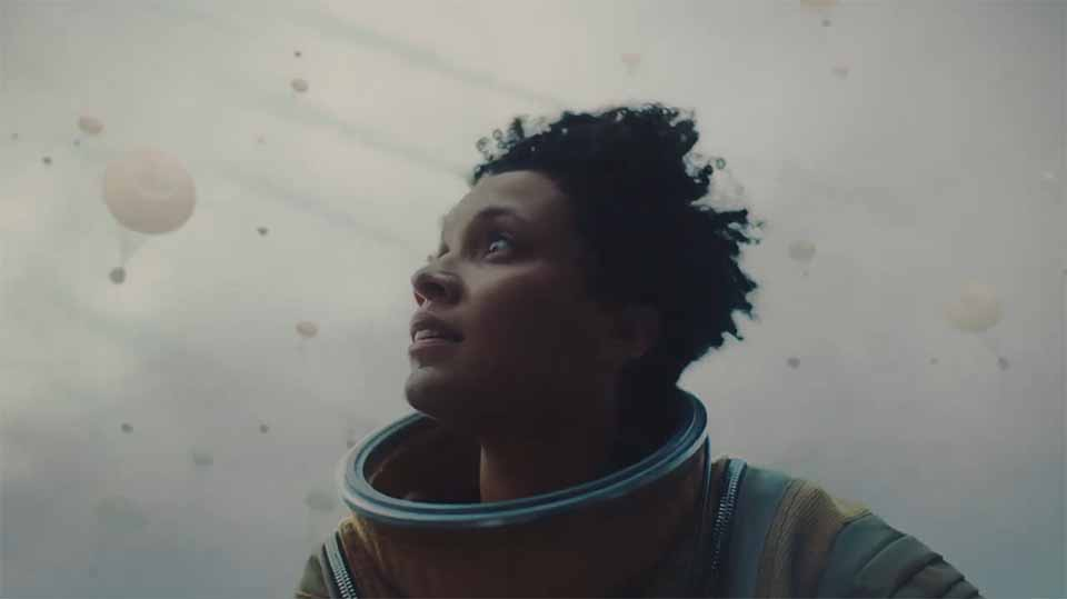 "Johnnie Walker ""Astronaut"" commercial 